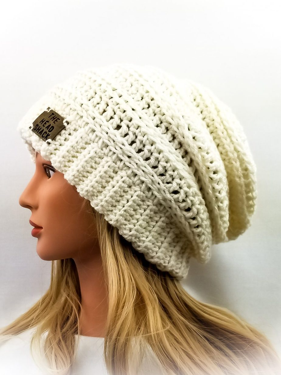 Ivory crochet slouch with brn/blk tag